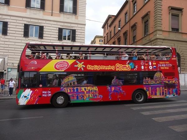 découvrir rome en bus touristique