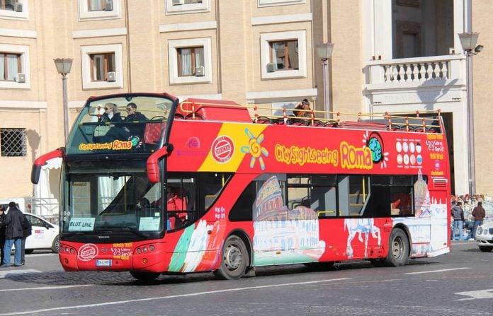 bus hop on hop off visiter rome