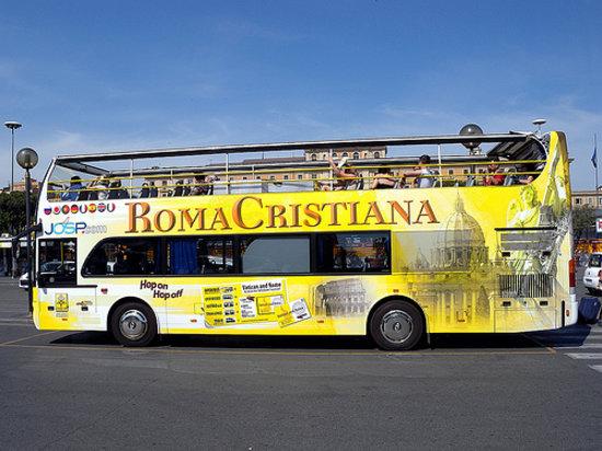 card omnia roma